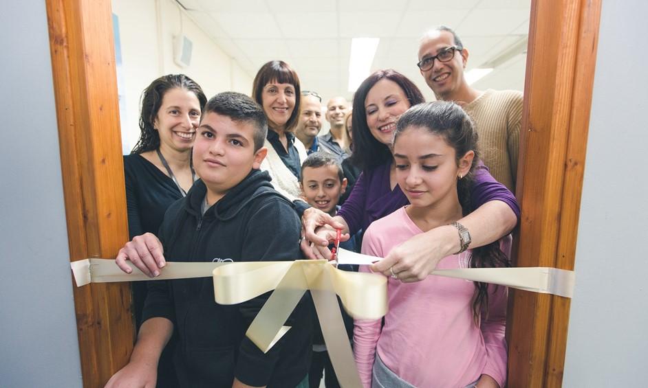 נתניה: כיתת מחשבים מעוצבת נפתחה בבית ספר אלומות