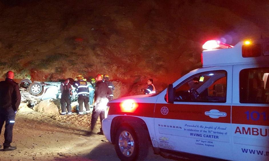 נתניה: הרוג בנפילת רכב מצוק ארגמן