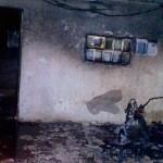 נתניה: אופנוע עלה באש – נזק כבד לבניין