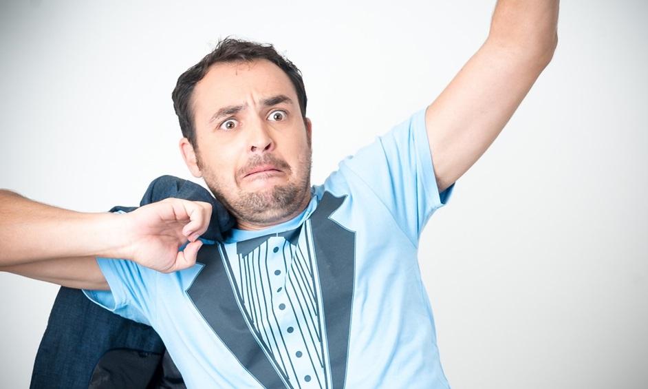 הקומי – ניסט הראשון: גיורא זינגר עושה צחוק