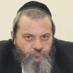 הרב שר שוחרר למעצר בית
