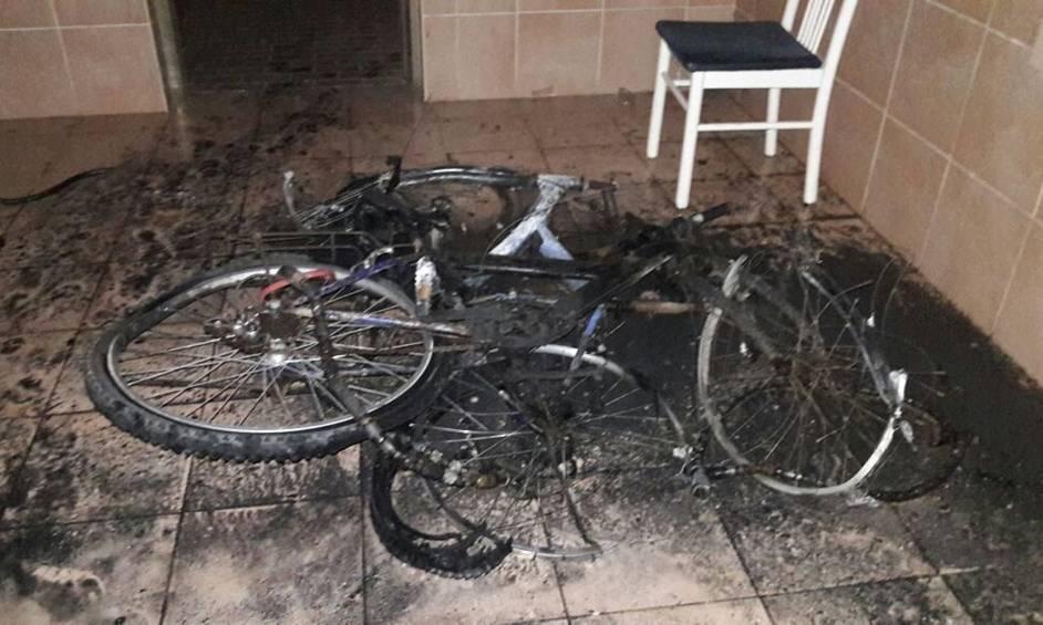 נתניה: עשרה נפגעים מדליקה בהם ילדים ותינוק