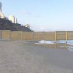 חוף צאנז – המעבר לחילונים אסור?!