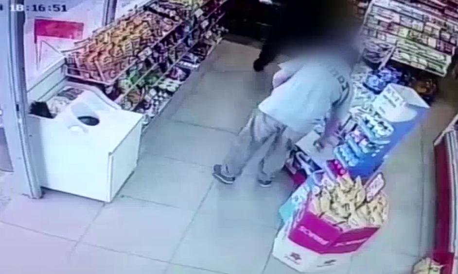 אישום: גנבו הוברבורד מחנויות נוחות