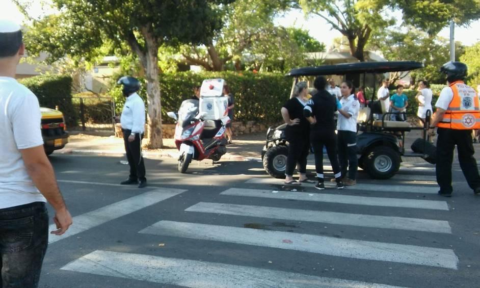 ילד נפצע בינוני מפגיעת קלנועית