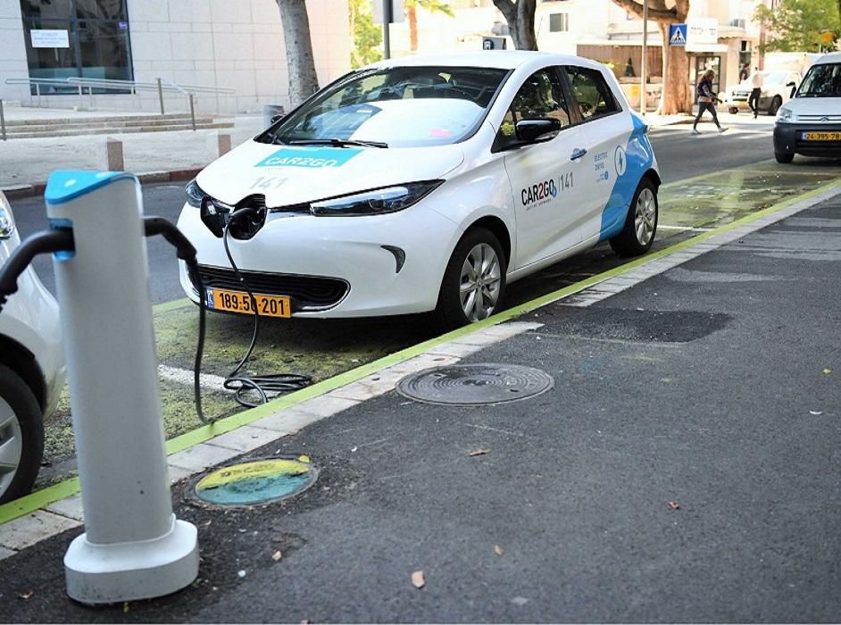 """70 רכבים חשמליים יופעלו באוקטובר בנתניה. צילום יח""""צ"""